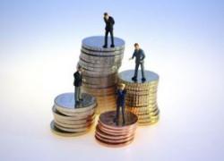 Analiştii financiar-bancari se aşteptă ca economia să fi scăzut şi în trimestrul I, cu 0,5%