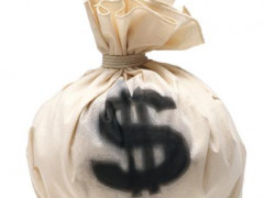 Isărescu: Riscăm să nu mai găsim fluxurile financiare care să ne finanţeze deficitele, fără ajustări