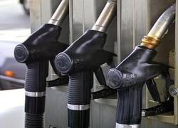 OMV Petrom va scumpi din 1 mai benzina şi motorina cu 3 bani/litru, respectiv cu 6 bani/litru