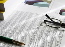 Ministerul Finanţelor ia în calcul o scădere a economiei României şi în 2010