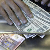 Băncile îşi tentează clienţii cu aur, conturi offshore şi dobânzi garantate, neafectate de impozit