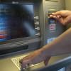 Transfond: 700 de clienţi ai băncilor au apelat lunar Linia de Urgenţă pentru Carduri