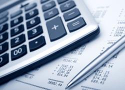 Doar 4,29 dintre români au fost implicaţi în 2010 în demararea sau conducerea unei afaceri-studiu