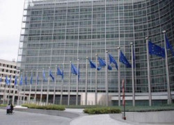 România pledează pentru aplicarea nediscriminatorie a regulilor de aderare la euro
