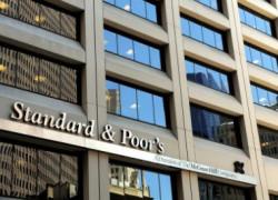 S&P a revizuit perspectiva asupra ratingului Erste Group Bank, de la stabilă la negativă