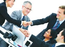 Afaceri promitătoare: Managerii români ar investi în servicii