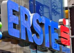 Erste a ajuns să deţină 88% din capitalul BCR, potrivit acordului încheiat cu SIF-urile