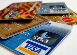 Zeci de mii de români au cardurile blocate din cauza suspiciunii de fraudă