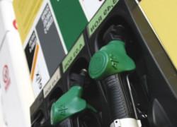 Benzina românească, a doua cea mai scumpă din UE. Preţul carburanţilor a explodat din 2009