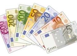 Restructurarea datoriilor Greciei întăreşte moneda euro
