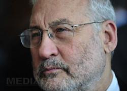 Stiglitz: Europa se îndreaptă către suicid. Toate ţările sunt în austeritate, consecinţele economice vor fi cumplite