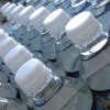 Hipermarket, amendat pentru că depozita apa minerală în plin soare