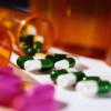 Taxa clawback ar putea limita accesul românilor la peste 1.000 de medicamente. Produsele farmaceutice care se vând fără reţetă—soluţia de rezervă a bolnavilor