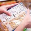 Producătorii, obligaţi să schimbe eticheta alimentelor