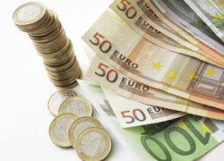 EURO INCEARCA SA SE APRECIEZE DATORITA MARCARII PROFITURILOR