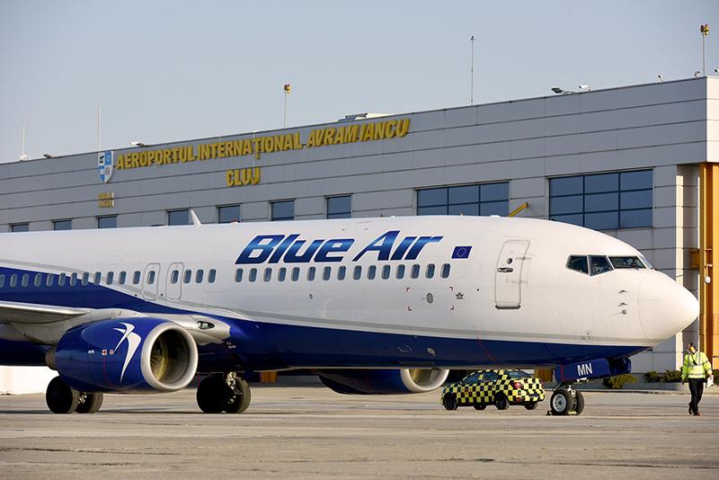 Această imagine are atributul alt gol; numele fișierului este Blue-Air.jpg